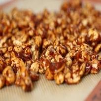 amendoim caramelizado