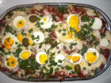 de macarrão espaguete de forno com presunto e queijo
