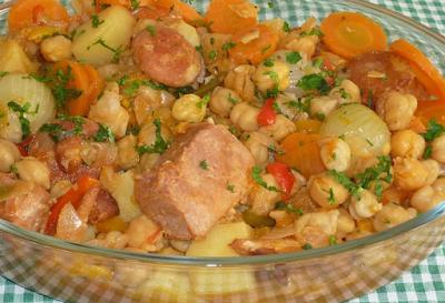 Cozido de Grão de Bico com Lombo e Linguiça Calabresa
