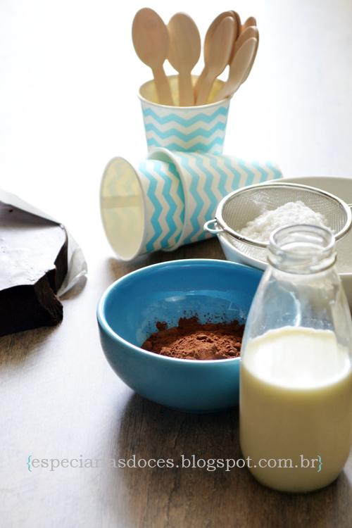 Chocolate quente de colher