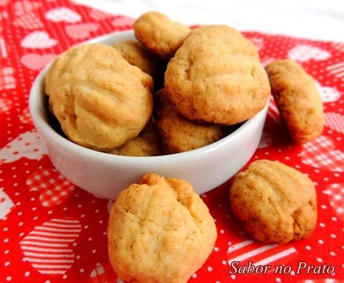 bolacha de trigo com fermento de padaria