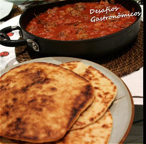 DESAFIO: Surpreender a família com Pão indiano (Naan) e Almôndegas, uma combinação inusitada!