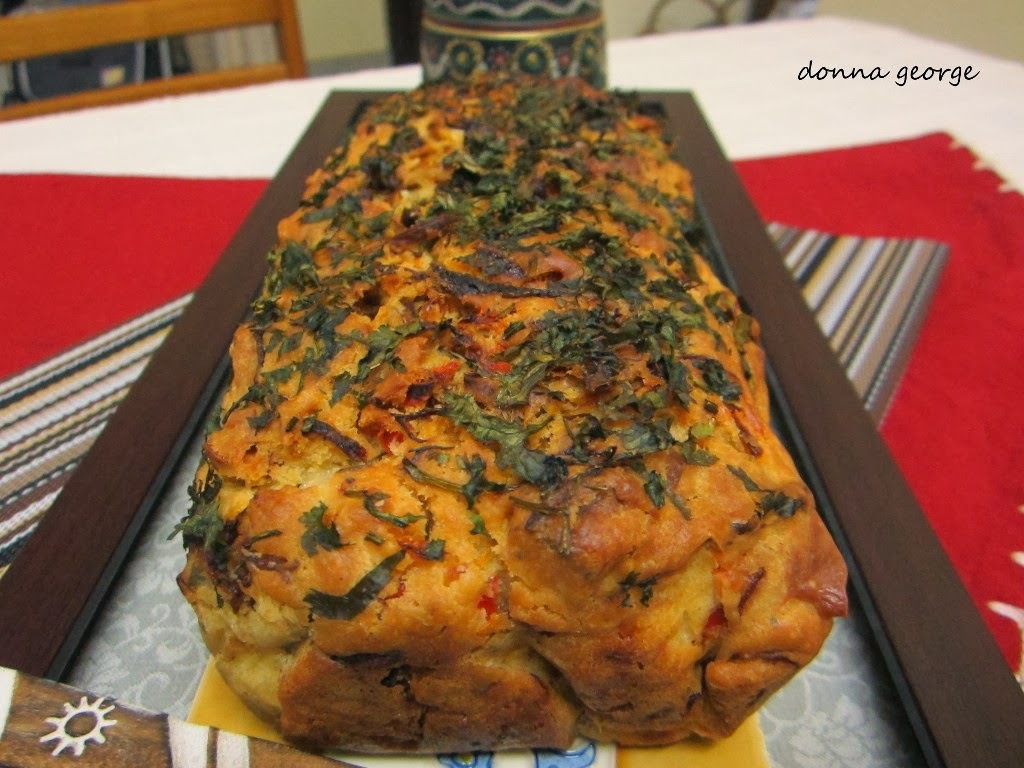 Savory Loaf Cakes: Cheese, Cashewnut and Bell Pepper Cake