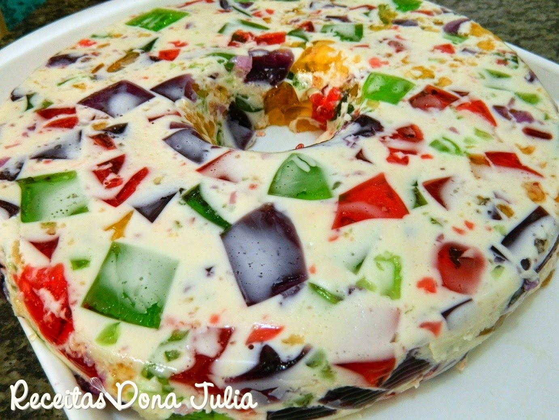 de gelatina colorida em mosaico com gelatina incolor creme de leite e leite condensado