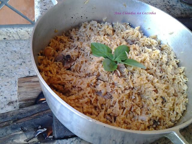 Arroz com Frango ou Galinhada - BC Vale a Pena Cozinhar de Novo
