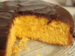 de bolo de cenoura sem batedeira e sem liquidificador