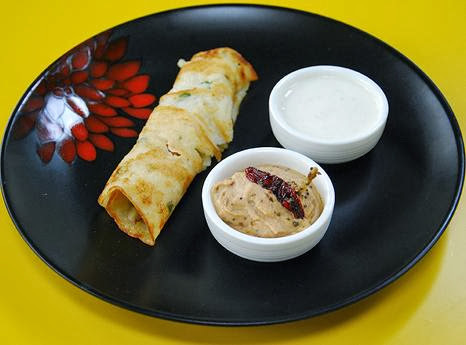 BREAD DOSA WITH PEANUT ONION DIP
