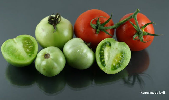 Žele bomboni od zelenih i crvenih rajčica