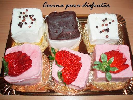 MINI MOUSES DE FRESA, LIMÓN, CHOCOLATE Y COCO