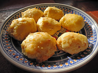 masitas de queso rallado