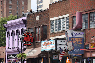 Travel Reviews: Lynchburg and Nashville, Tennessee