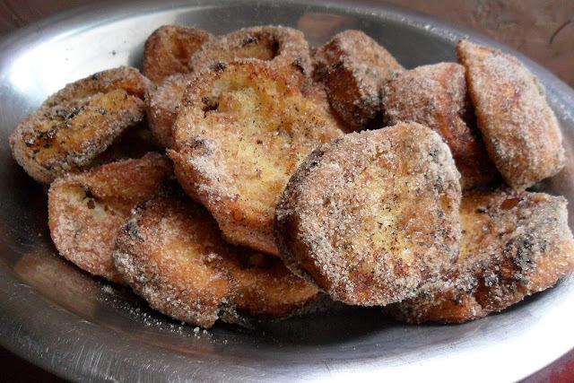 Rabanadas ou Fatia de Parida (segue receita frita e de forno)