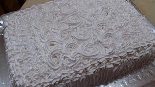 Glacê firme para confeitar bolos de aniversário