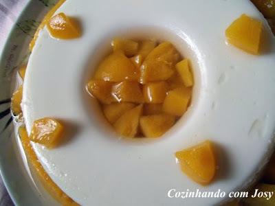sobremesa facil com pessego em calda e leite de coco