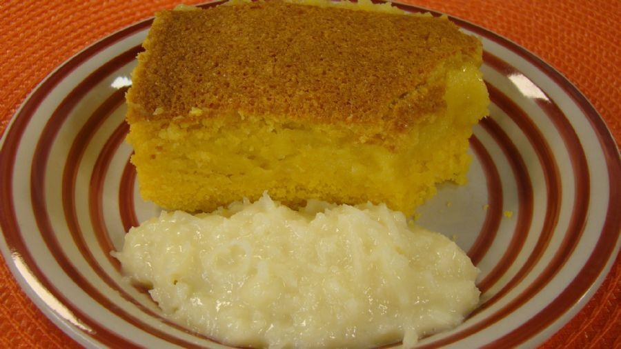 bolo de fuba cremoso sem queijo ralado e se coco