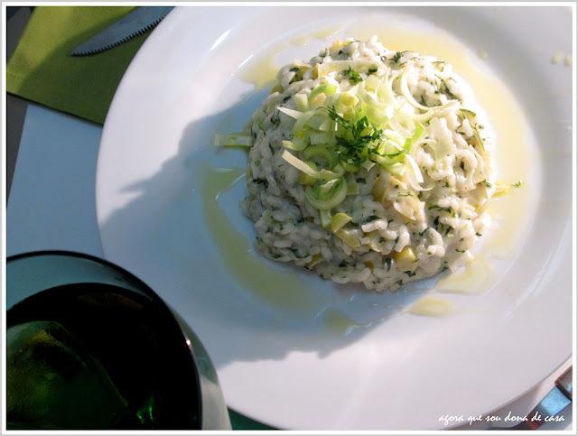 para combinar com o climinha fresco: risoto de alho poró com cream cheese