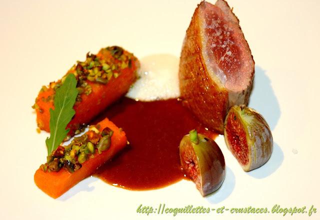 Magret de canard rôti, courges butternut aux pistaches, figues et son jus réduit.... Et paf le canard!