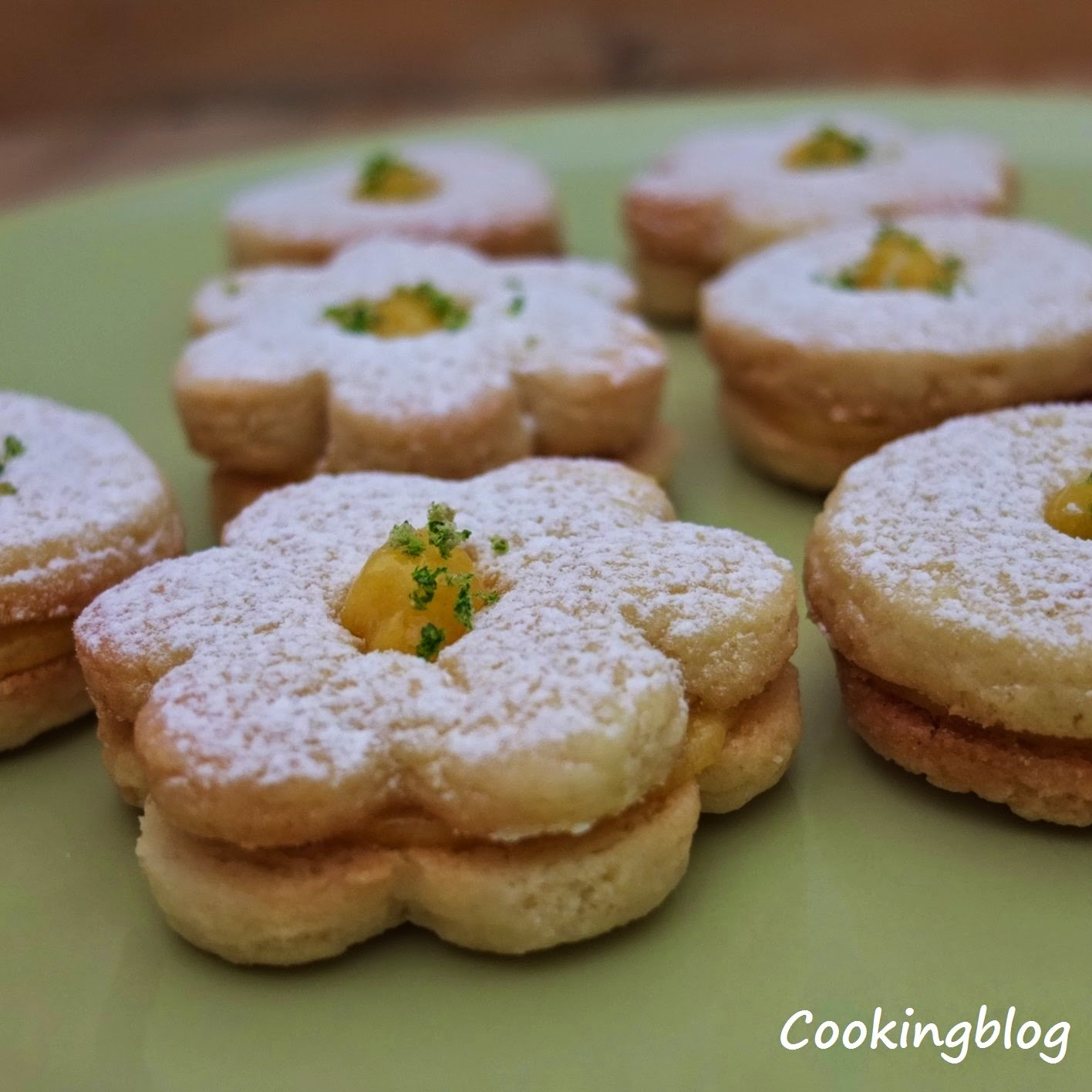 Biscoitos de coco e curd de lima | Coconut biscuits with lime curd