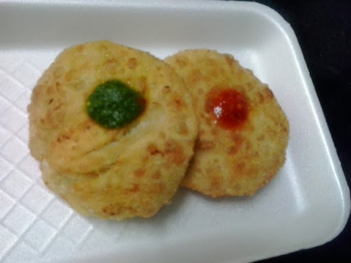 bread kachori in hindi