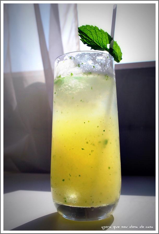 refrescando: soda italiana de melão com hortelã