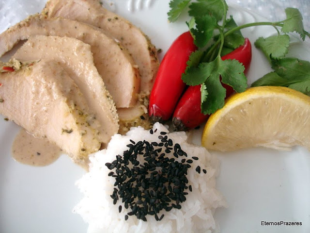 Revivendo Prazeres - Frango ao Curry Verde Thailandês