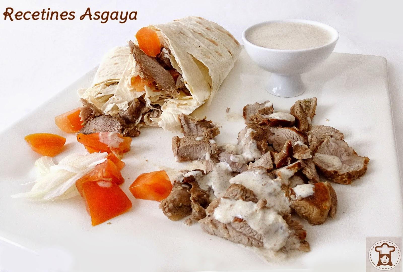 Shawarma de Cordero con Salsa de Tahini