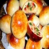 pão de batata recheado com frango e catupiry