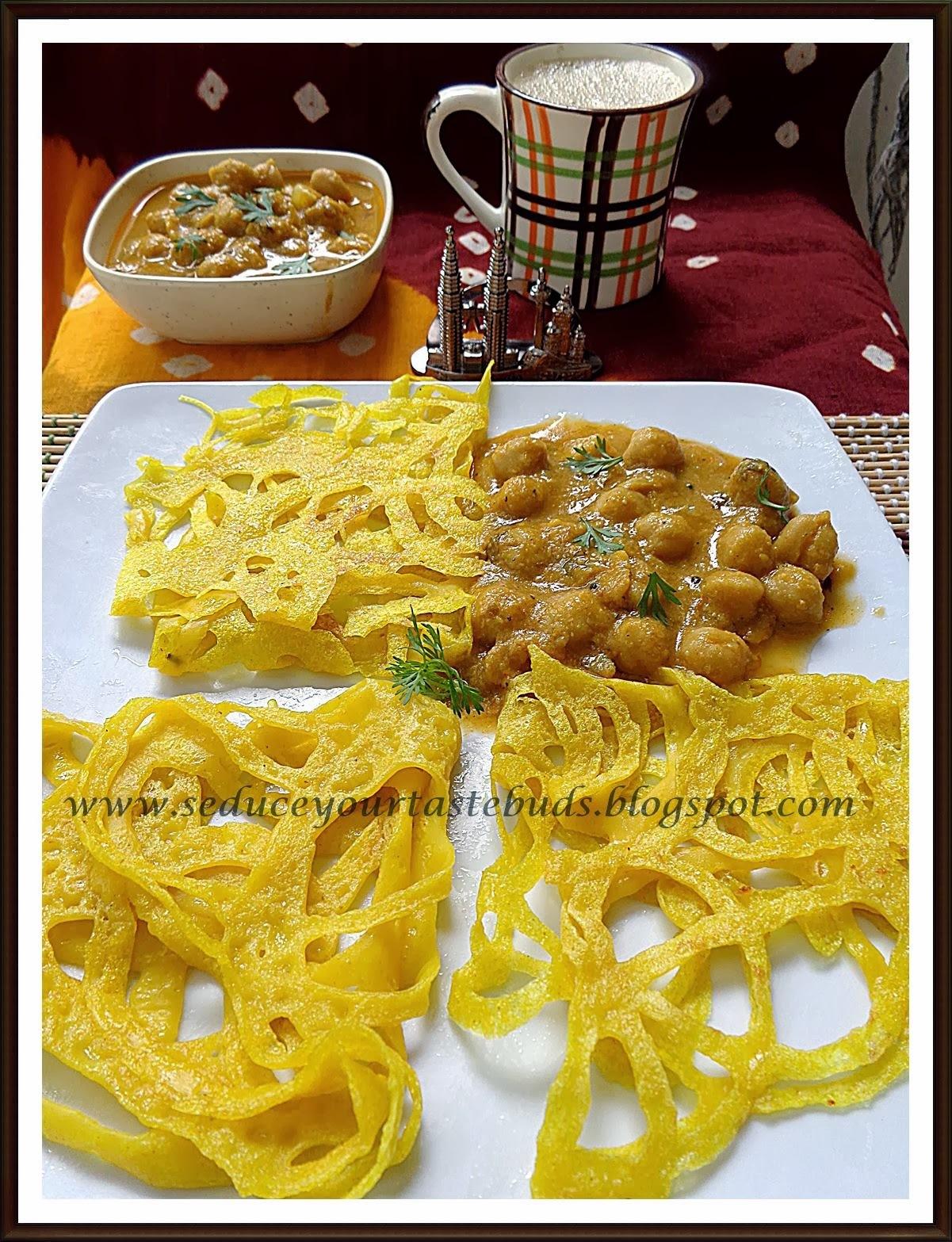 Vegan Roti Jala & Teh Tarik | Malaysian Lacy Crepes / Net Bread