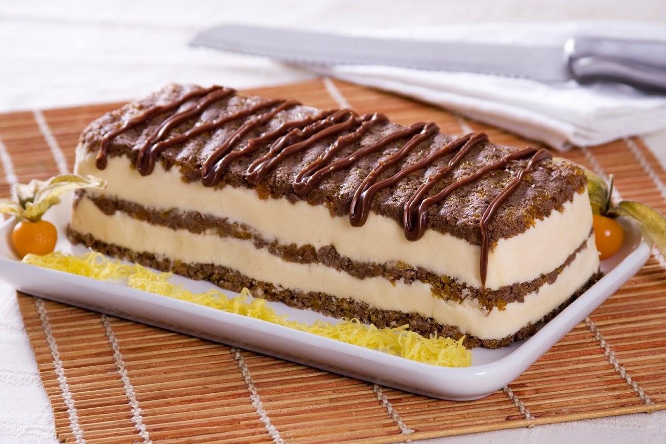 Torta Gelado Crocante com Biscoito Wafer
