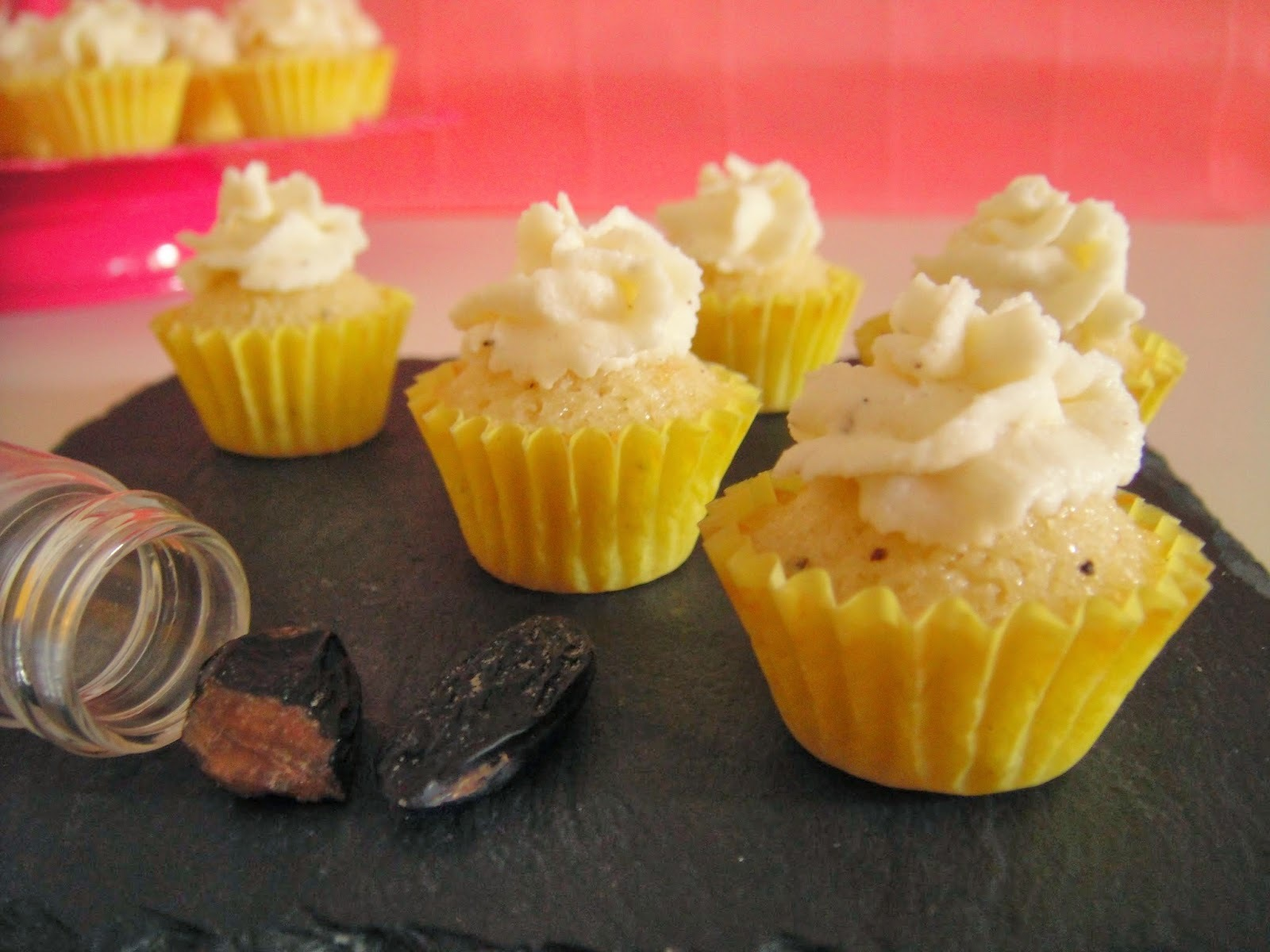 Mini Cupcakes vanille & fève tonka [Participation au Défi Tout Mini sur Recettes.de]