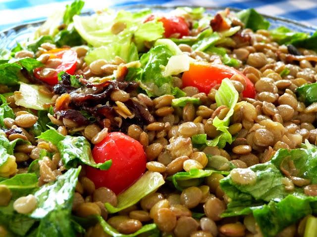 Segunda Colorida - Salada de Lentilha
