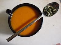 Csavart fűszeres kifli kovászos tésztából