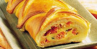 Pão de queijo e presunto