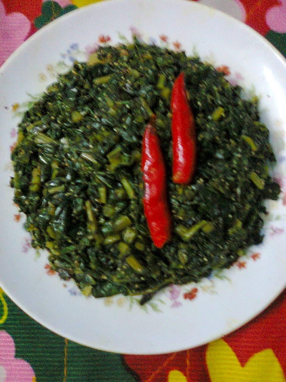 Radish Leaves With Poppy Seeds/Posto Diye Mulo Shak.