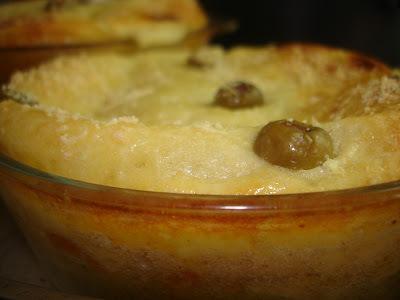 torta de bacalhau desfiado com pure de batata