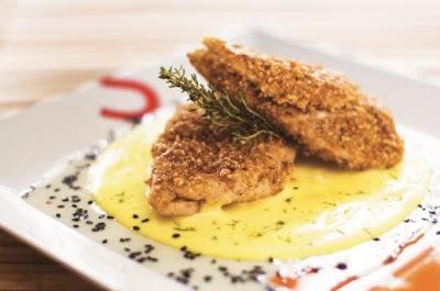 Receitas de Frango: frango com crosta de gergelim ao molho de limão