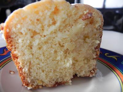 bolo simples de trigo batido.na mao
