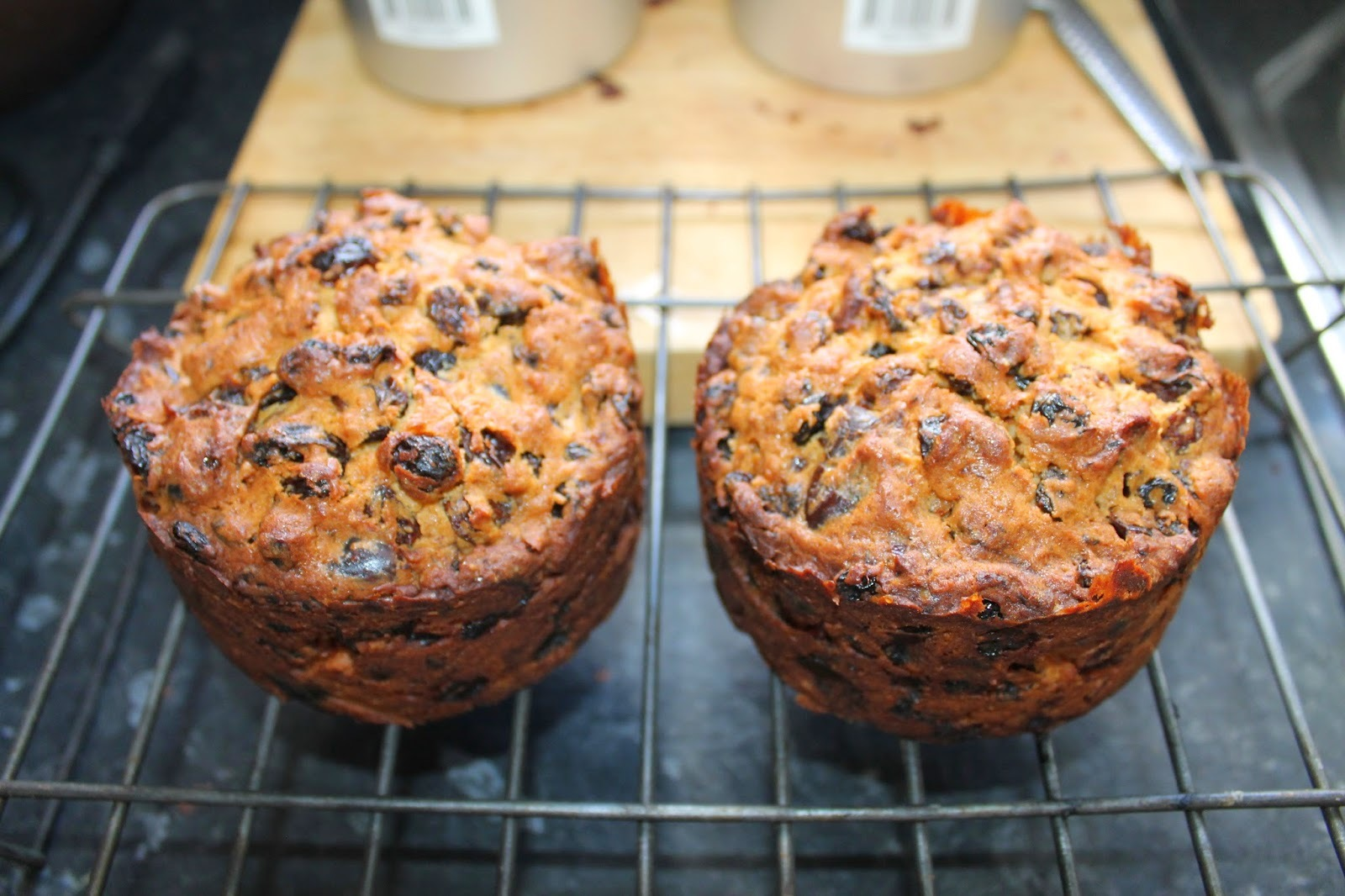 A Christmas kitchen.......Ginger Ale Fruit cake