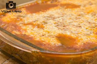 de lasanha de berinjela com mussarela presunto e carne moida