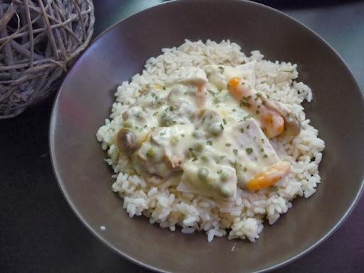 Fricassée de blancs de poulet, riz et légumes au thermomix