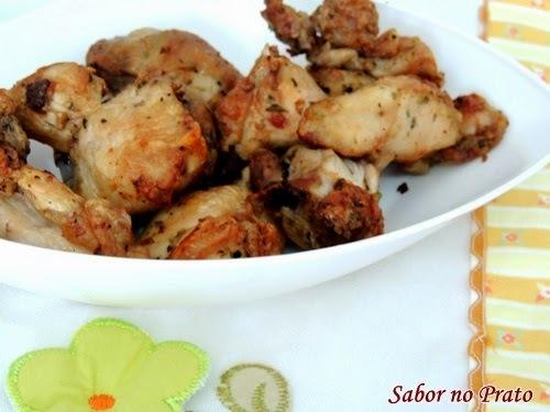 como fazer frango a passarinho sem oleo