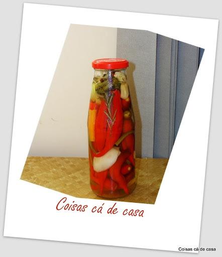 Conserva de pimenta em vinagre branco