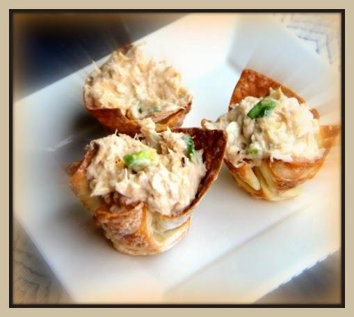 Dip de caranguejo com Wonton chips