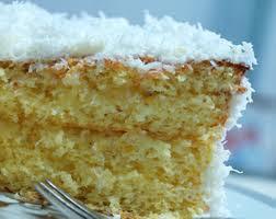 bolo gelado bem molhado e recheado