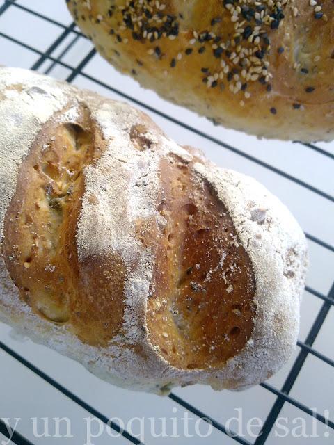 panes integrales con semillas y miel