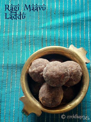 ragi laddu with jaggery