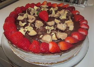 torta de sonho de valsa gelada simples