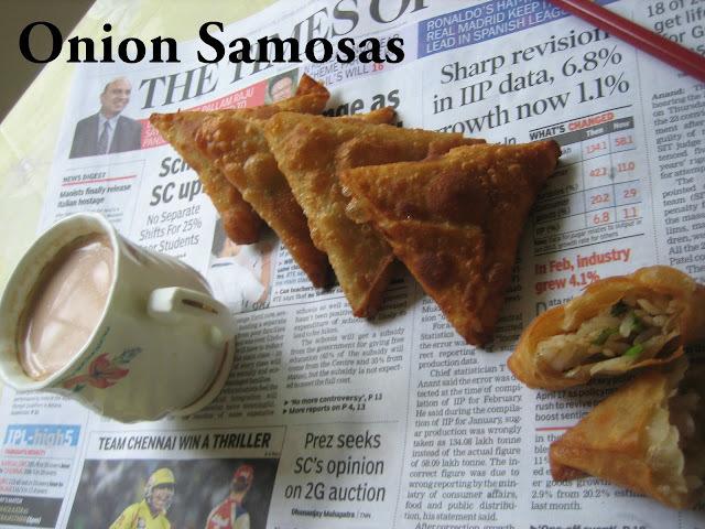 Onion samosas - Irani samosas