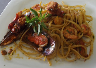 LINGUINE AO FRUTOS DO MAR