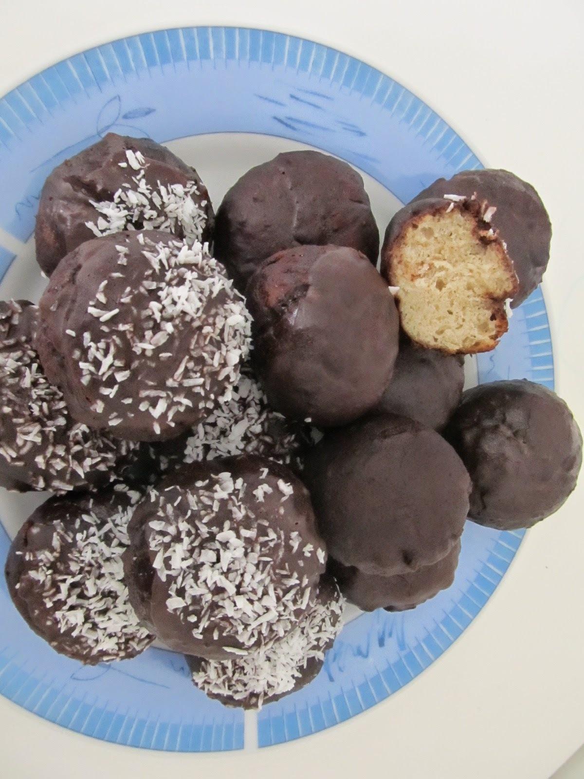 Csokis fánk glutén-, tej- és tojásmentesen (fruktóz malabszorpcióban ehető)